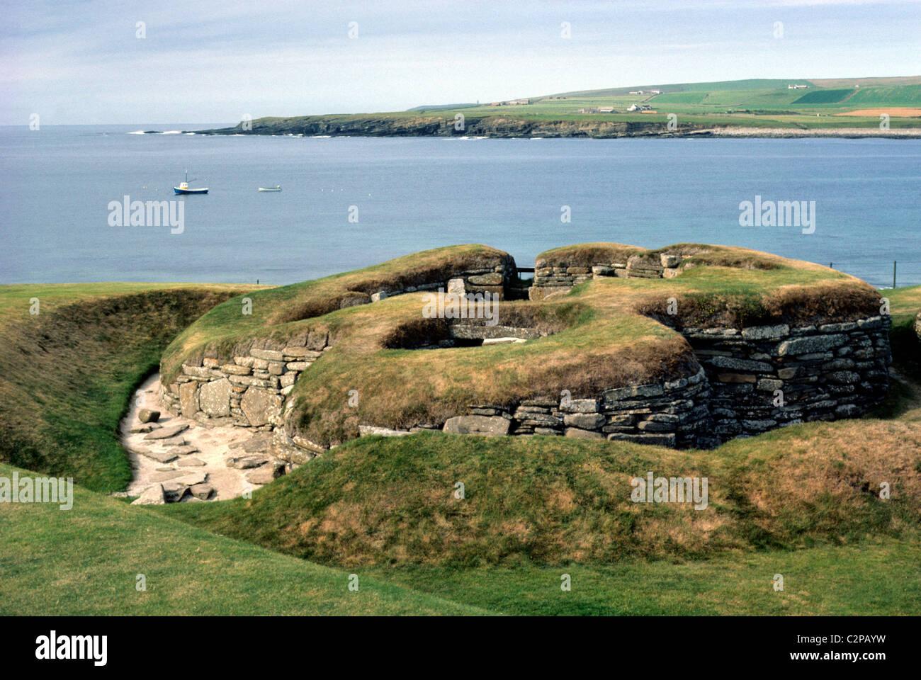 Skara Brae, Isle of Orkney prehistory prehistoric Scottish monument monuments Orkneys Scotland UK coast coastal - Stock Image