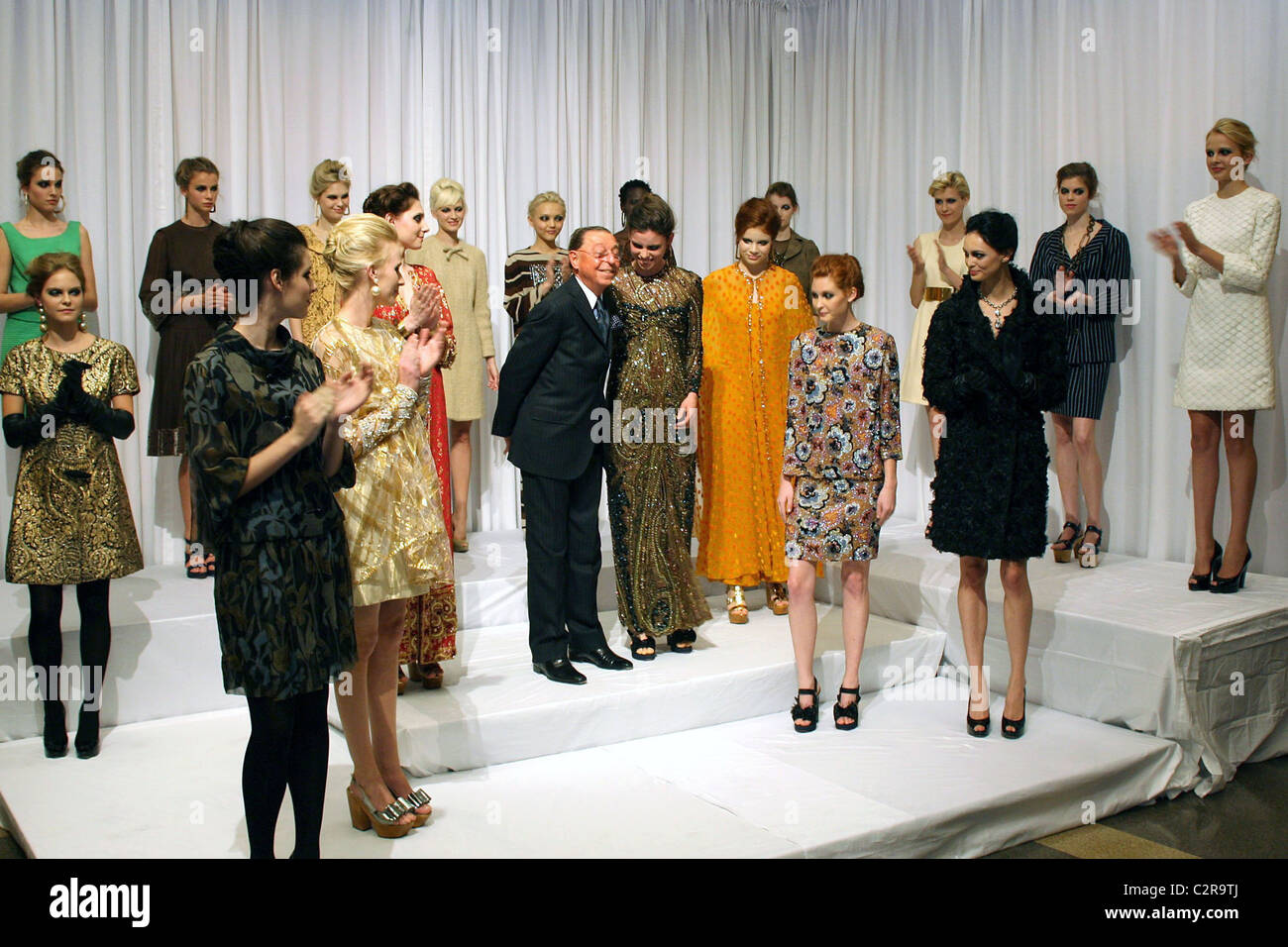 Models Wearing James Galanos Designs James Galanos Fashion Institute Stock Photo Alamy