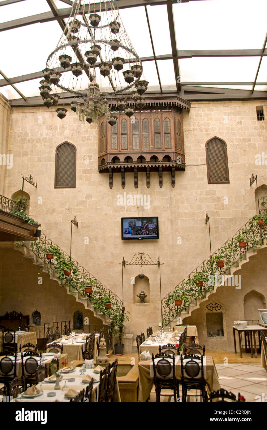 Zmorod Palace Restaurant  Aleppo old house romantic Syria - Stock Image