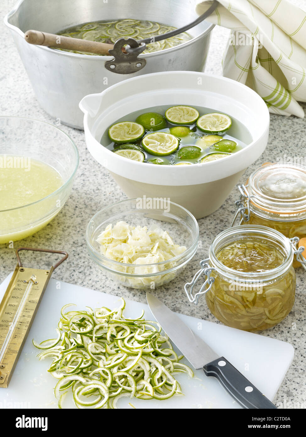 Lime jam making table - Stock Image
