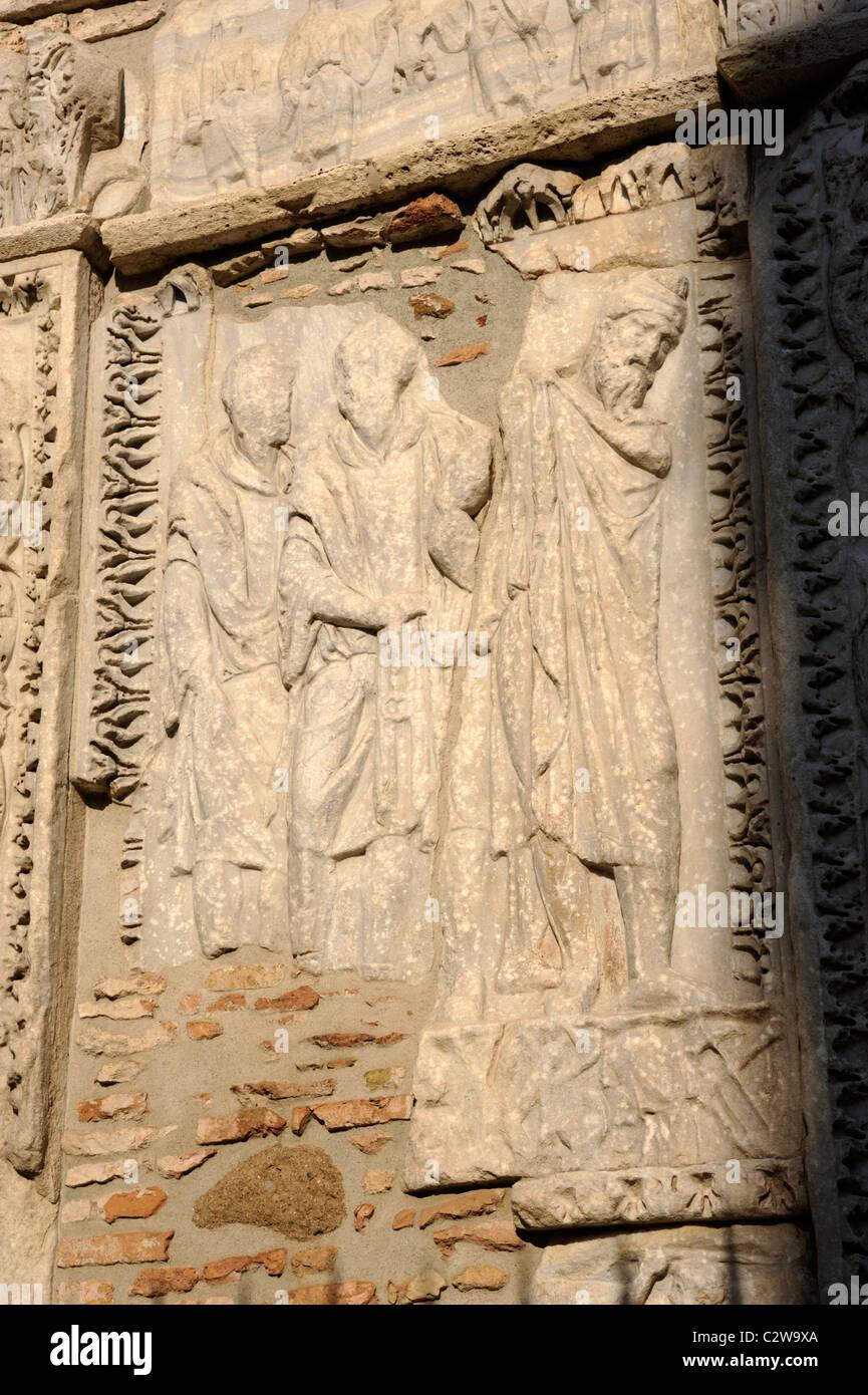 Roman bas relief stock photos roman bas relief stock for Arco arredamenti san giorgio