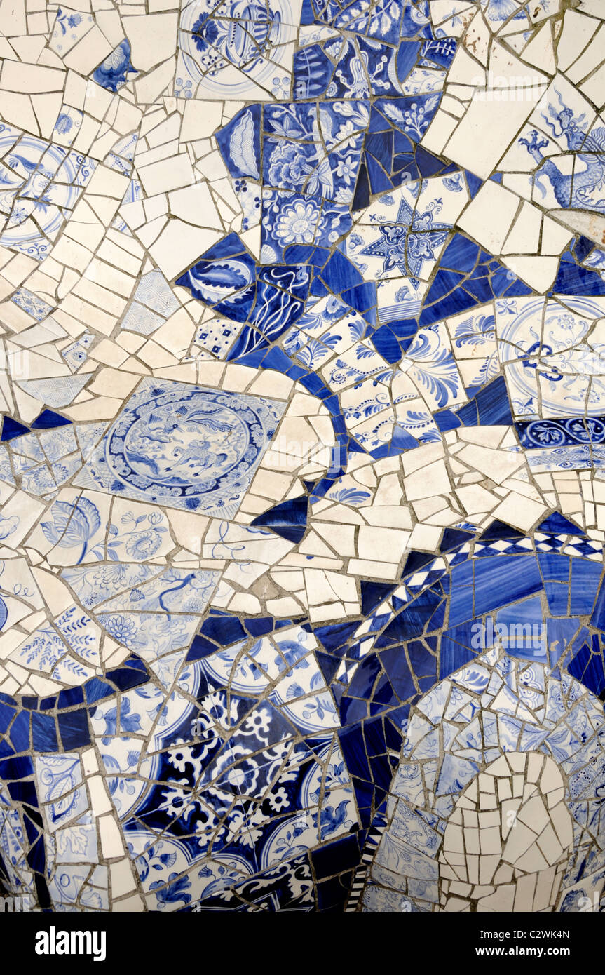 Delft, Netherlands. Prinsenhof.  Detail of ceramic bench using blue and white tiles ('Hommage aan Gaudi'; - Stock Image