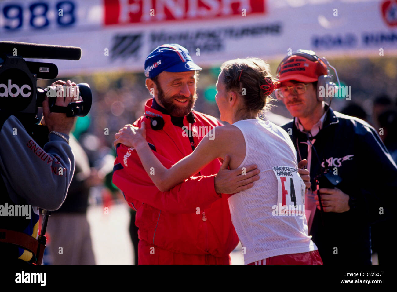 Fred Lebow with Grete Waitz at the 1988 NYC Marathon. - Stock Image