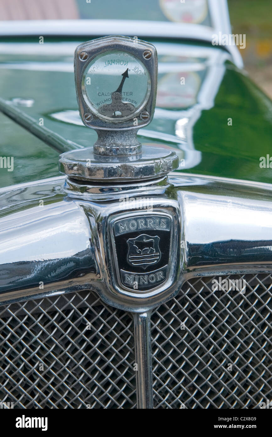 de Havilland Aircraft Heritage Centre Museum , Morris Cars Day , 1932 Flatnose Morris Minor 885cc detail temperature - Stock Image