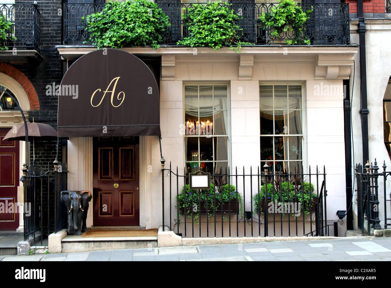 Facade of Aspinalls Gaming Club, Curzon Street, W1, Mayfair, London - Stock Image
