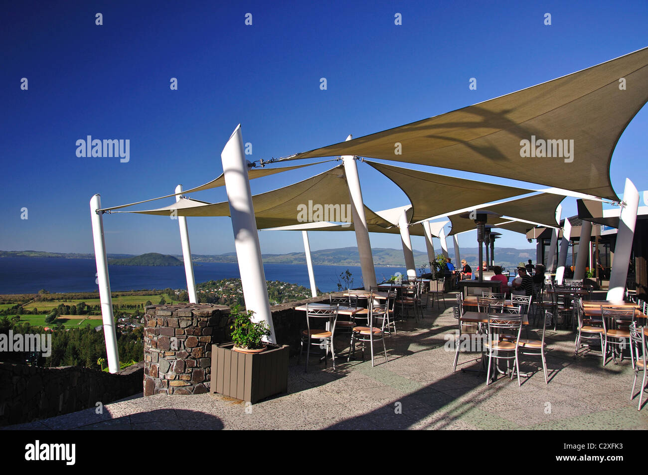 skyline restaurant new zealand stock photos skyline restaurant new zealand stock images alamy. Black Bedroom Furniture Sets. Home Design Ideas