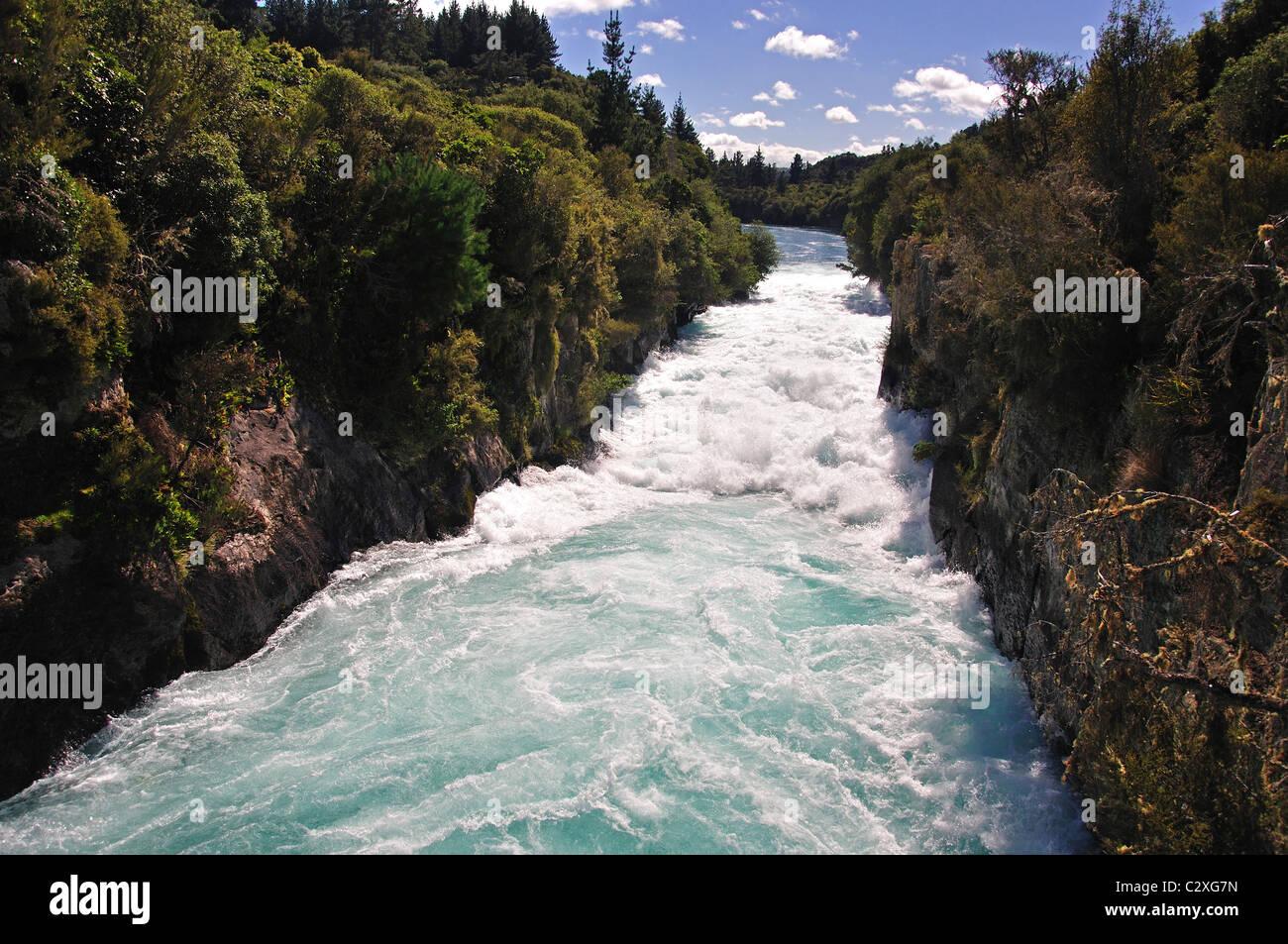 Powerful current of Huka Falls, near Taupo, Waikato Region, North Island, New Zealand - Stock Image
