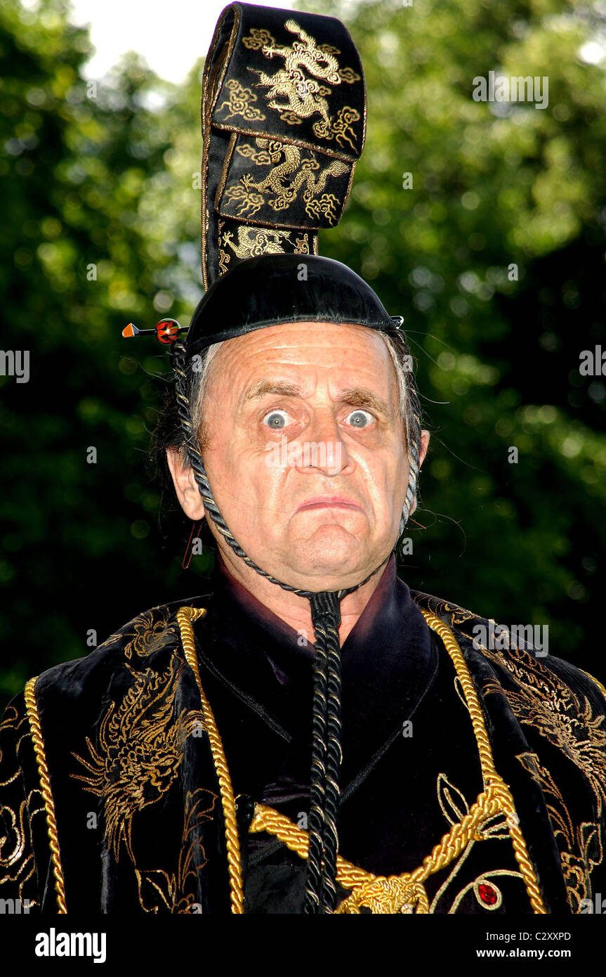 Sylvester McCoy Press launch of 'The Mikado' at the Richmond Theatre London, England - 07.08.08 Vince Maher/ - Stock Image