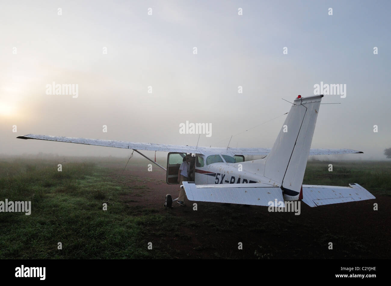 Cessna 172 early morning after night rain and flying ant hatch, Adjumani, Northern Uganda - Stock Image
