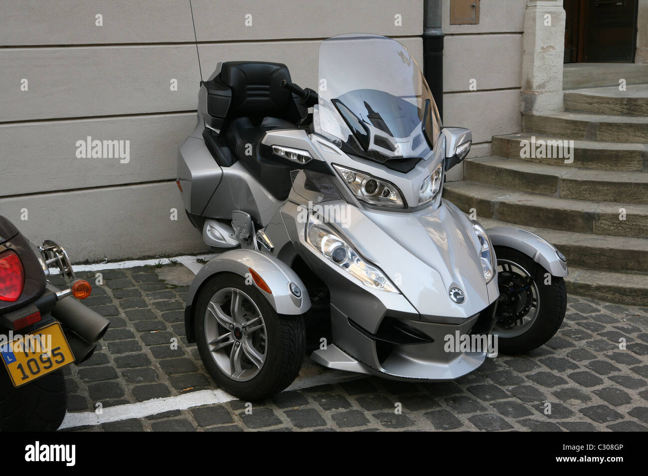 bombardier recreational products brp can am spyder rt touring trike stock photo 36271446 alamy. Black Bedroom Furniture Sets. Home Design Ideas