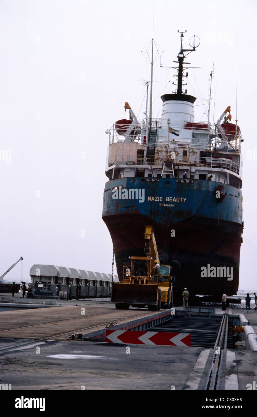Dubai Dry Dock Stock Photos & Dubai Dry Dock Stock Images