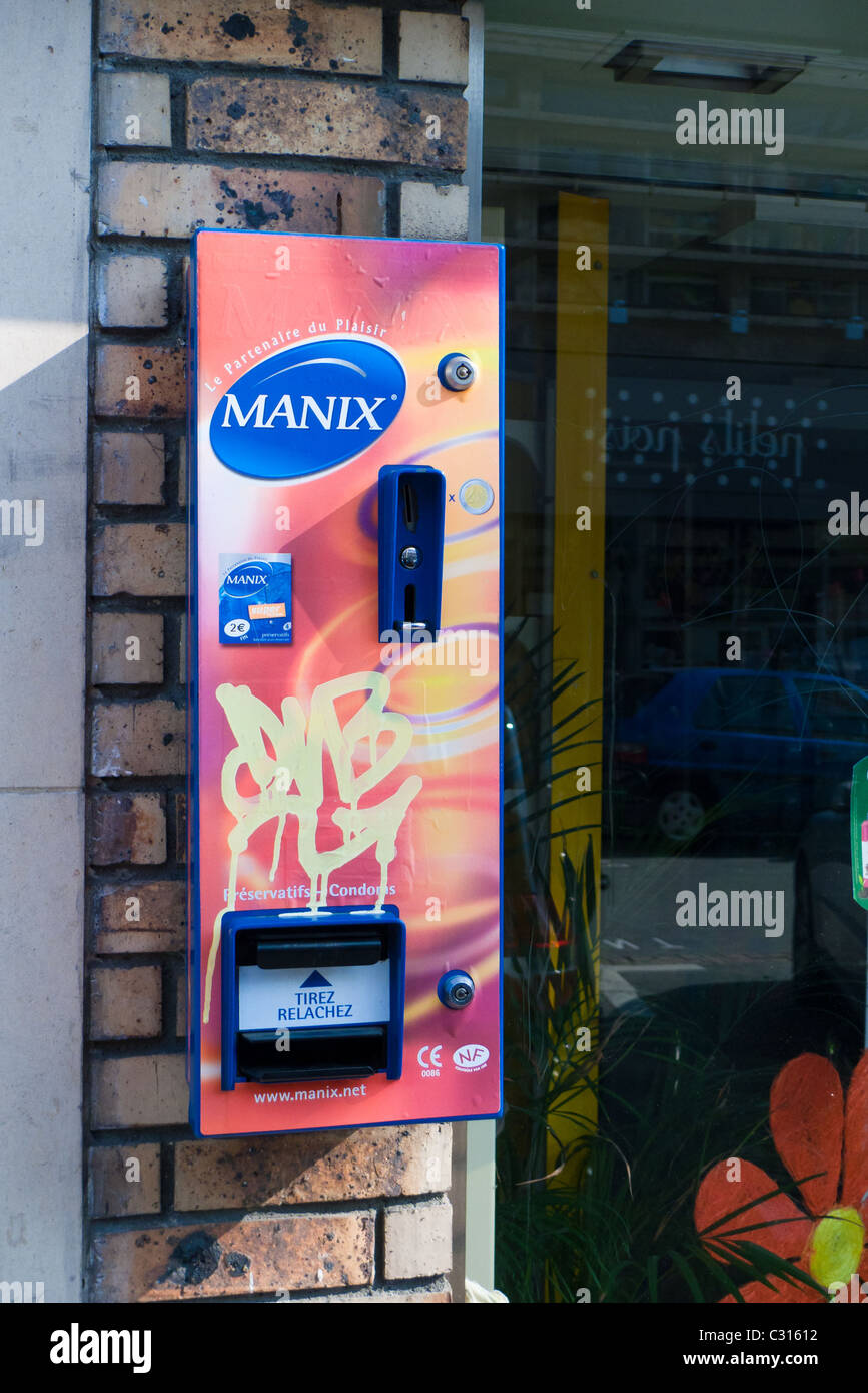 Outdoor condom machine in Rouen France - Stock Image