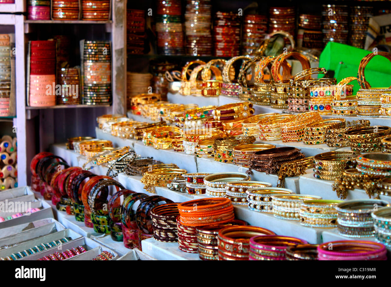 bangles photos jaipur bangle shop bazaar images in india rajasthan stock johari variety photo alamy
