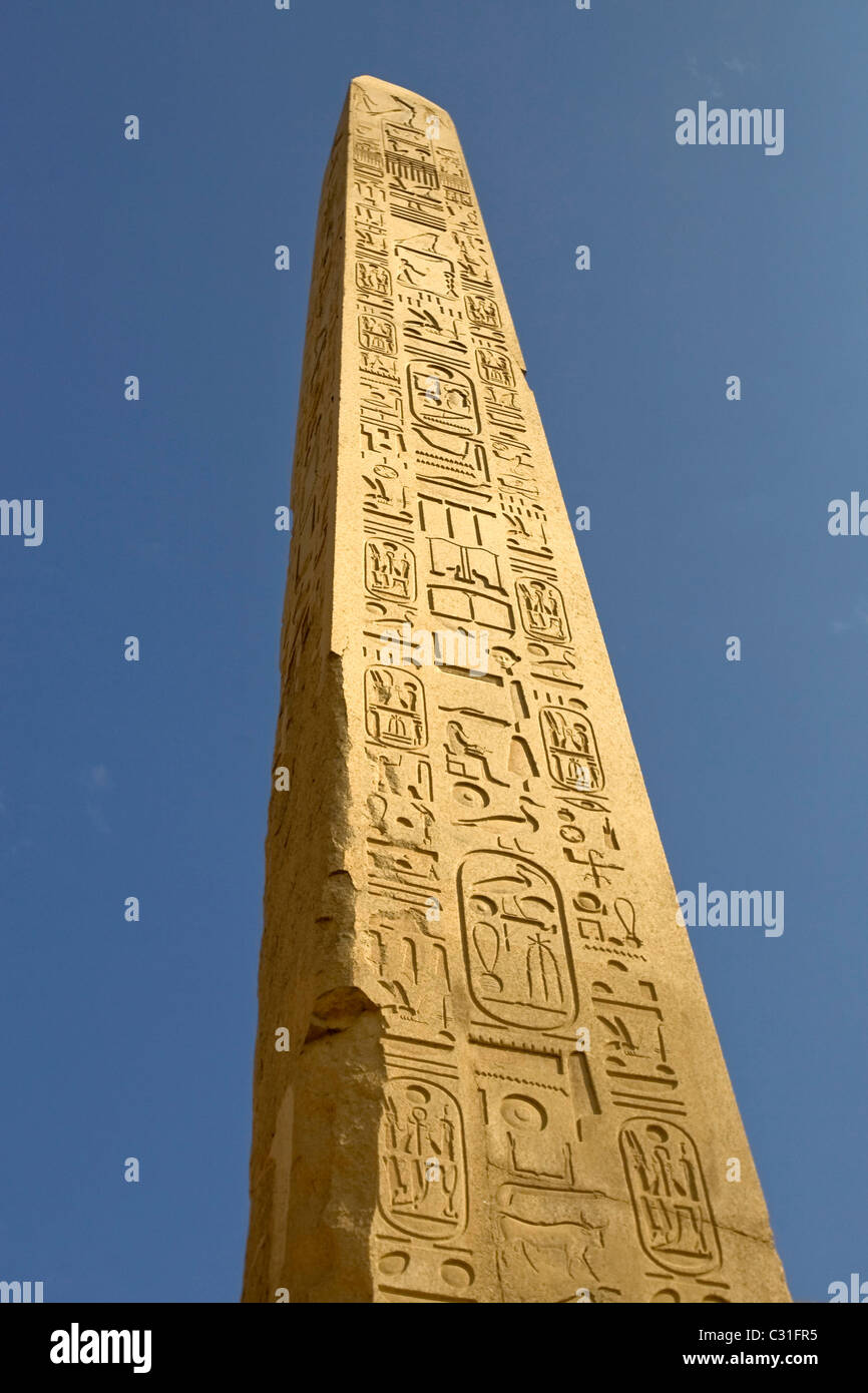 OBELISK OF THUTMOSE, TEMPLE OF KARNAK, IPET SOUT, THE BIGGEST RELIGIOUS COMPLEX IN ANCIENT EGYPT - Stock Image