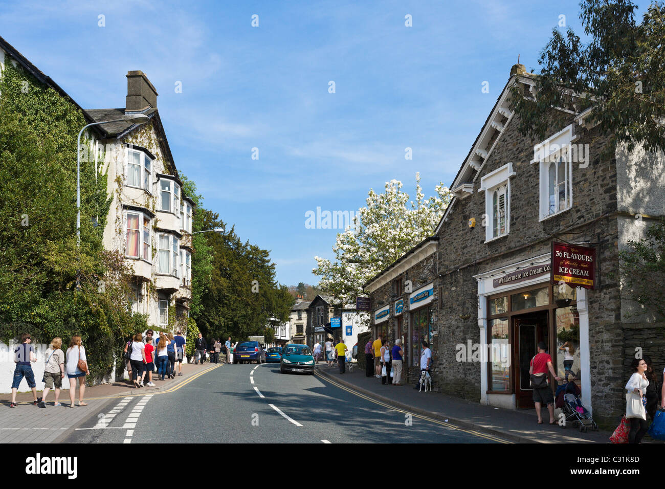 High Street through the centre of Bowness, Lake Windermere, Lake District National Park, Cumbria, UK - Stock Image