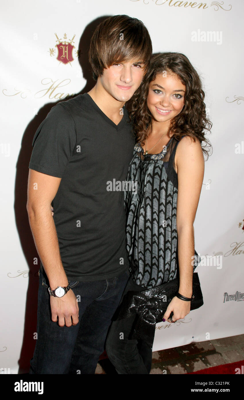 Max Ehrich and Sarah Hyland Grand Opening of Haven with special DJ Stock  Photo - Alamy