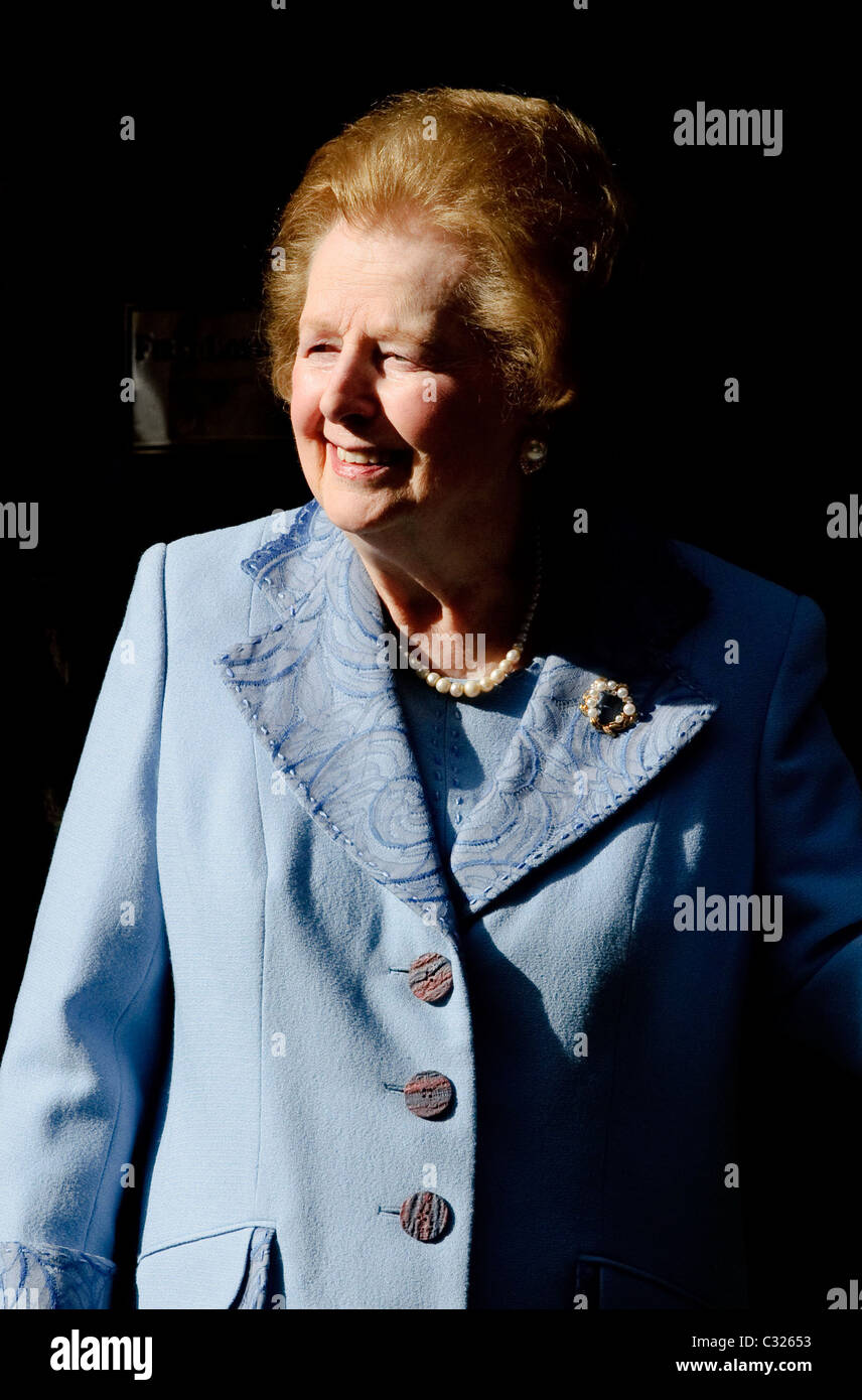 Former Conservative Prime Minister, Baroness Margaret Thatcher leaves Downing Street after meeting with David Cameron, - Stock Image