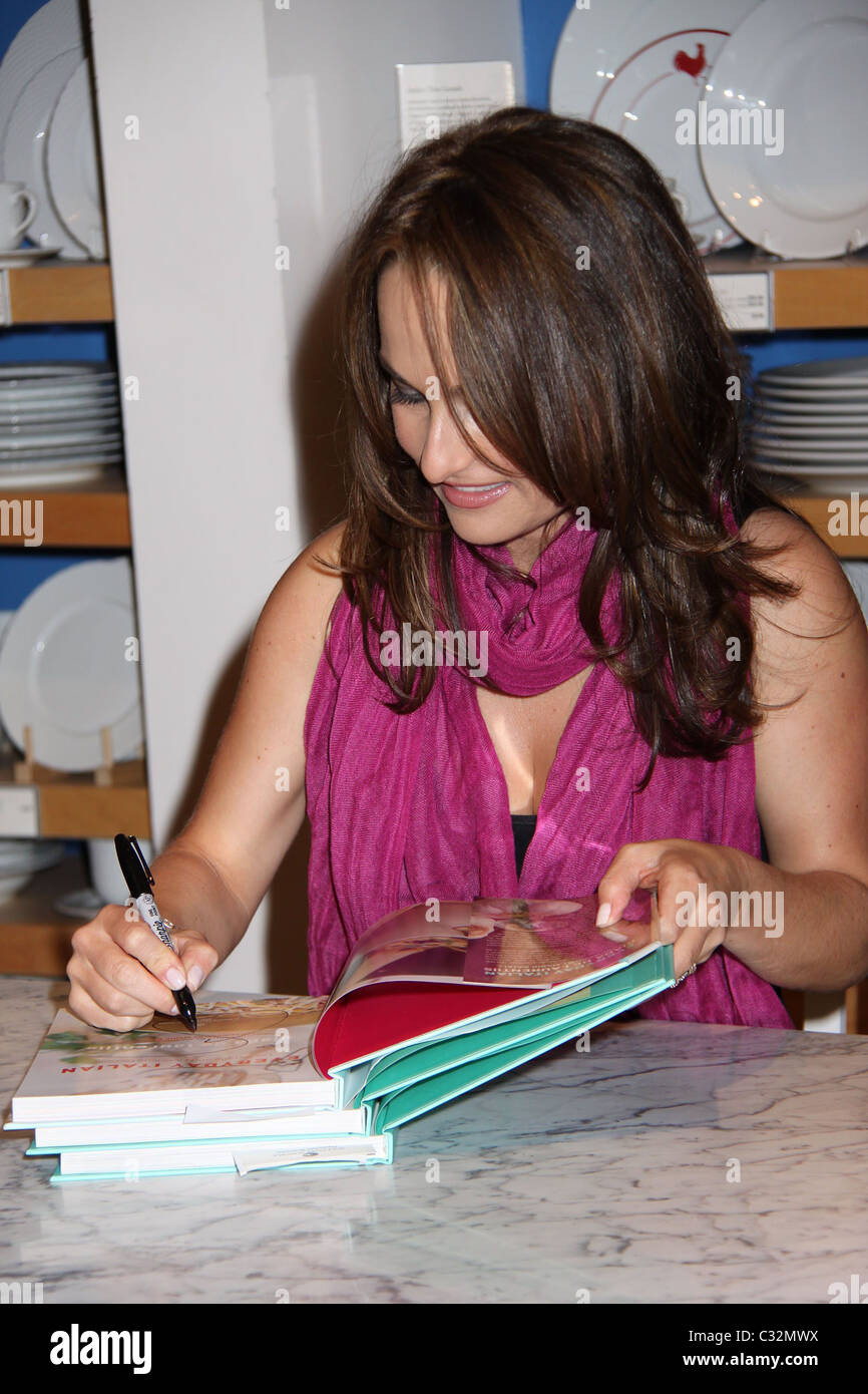 Giada DeLaurantiis signs copies of her new book \'Giada\'s Kitchen ...