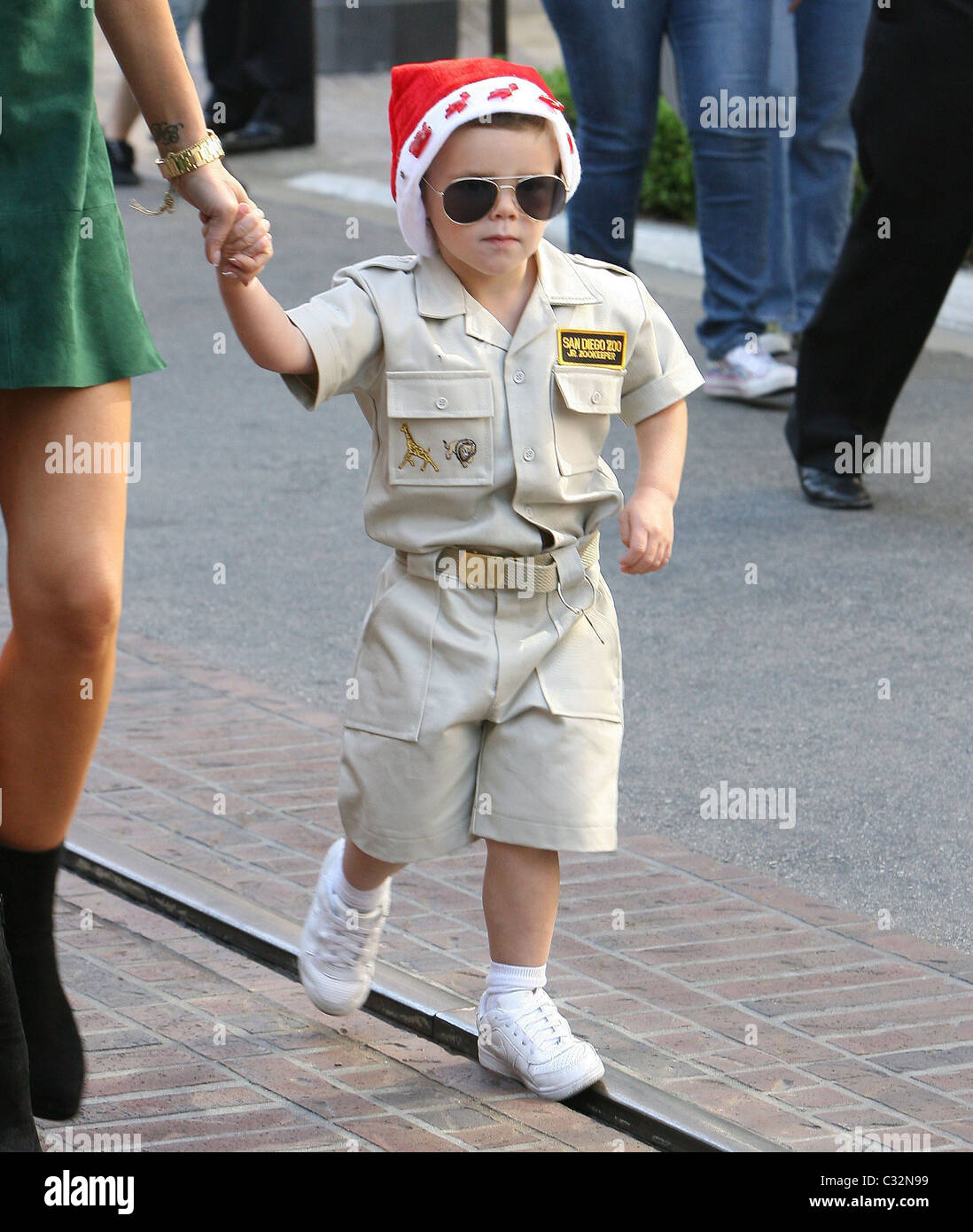 Cruz Beckham Sporting A Santa Hat And A San Diego Zoo Jr Zookeeper