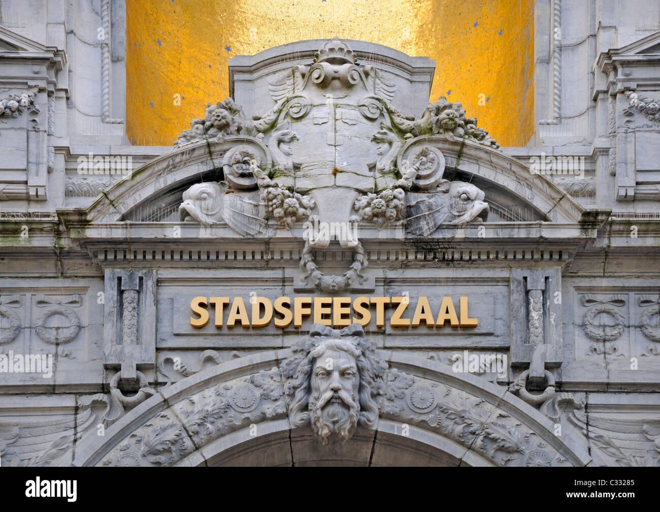 Antwerp / Antwerpen, Belgium. Entrance to Stadsfeestzaal - shopping centre and concert hall (1908; A. van Mechelen) - Stock Image
