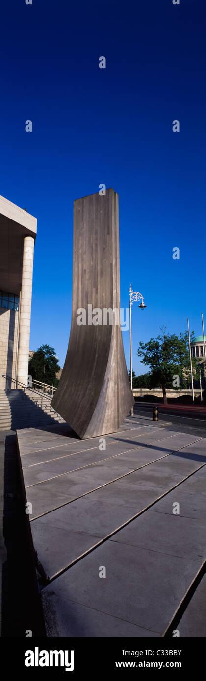 Dublin, Co Dublin, Ireland, Wood Quay-Warren Sculpture At Dublin Corporation Offices - Stock Image