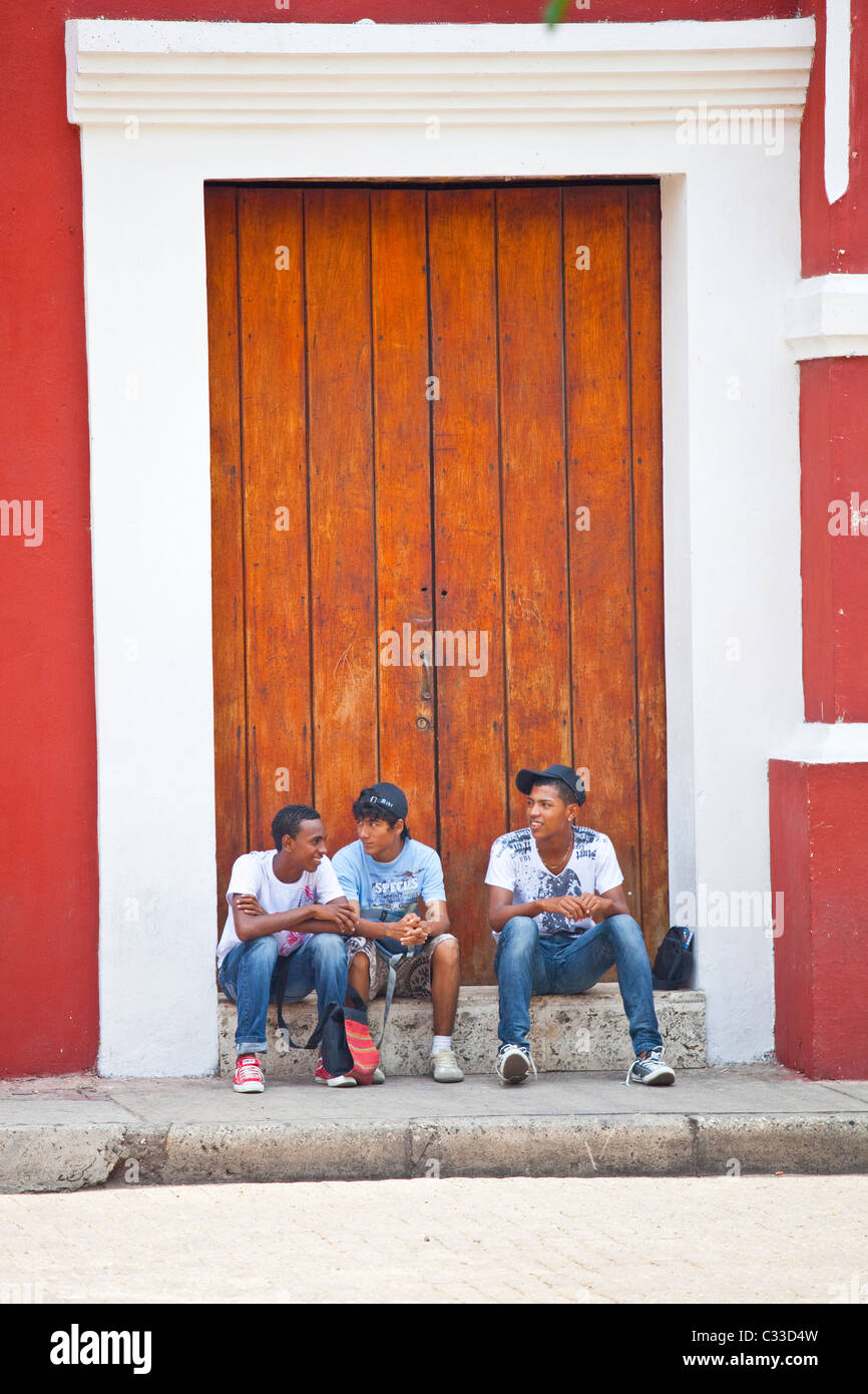 Teenage Colombian boys in the old town, Cartagena, Colombia - Stock Image