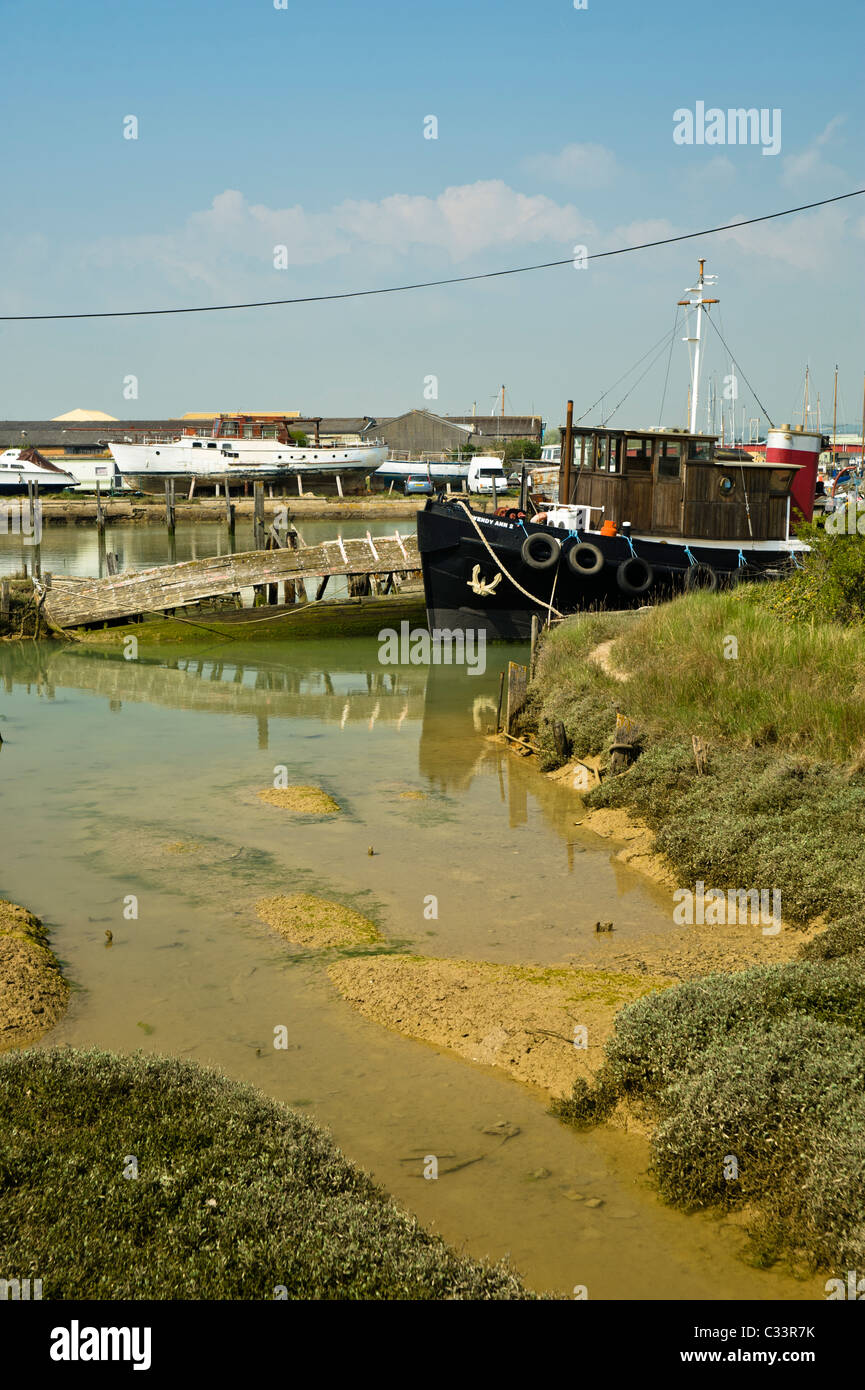 Wendy Ann 2, a tug style fishing boat  boat tied up on the river Arun in Littlehampton, West Sussex - Stock Image