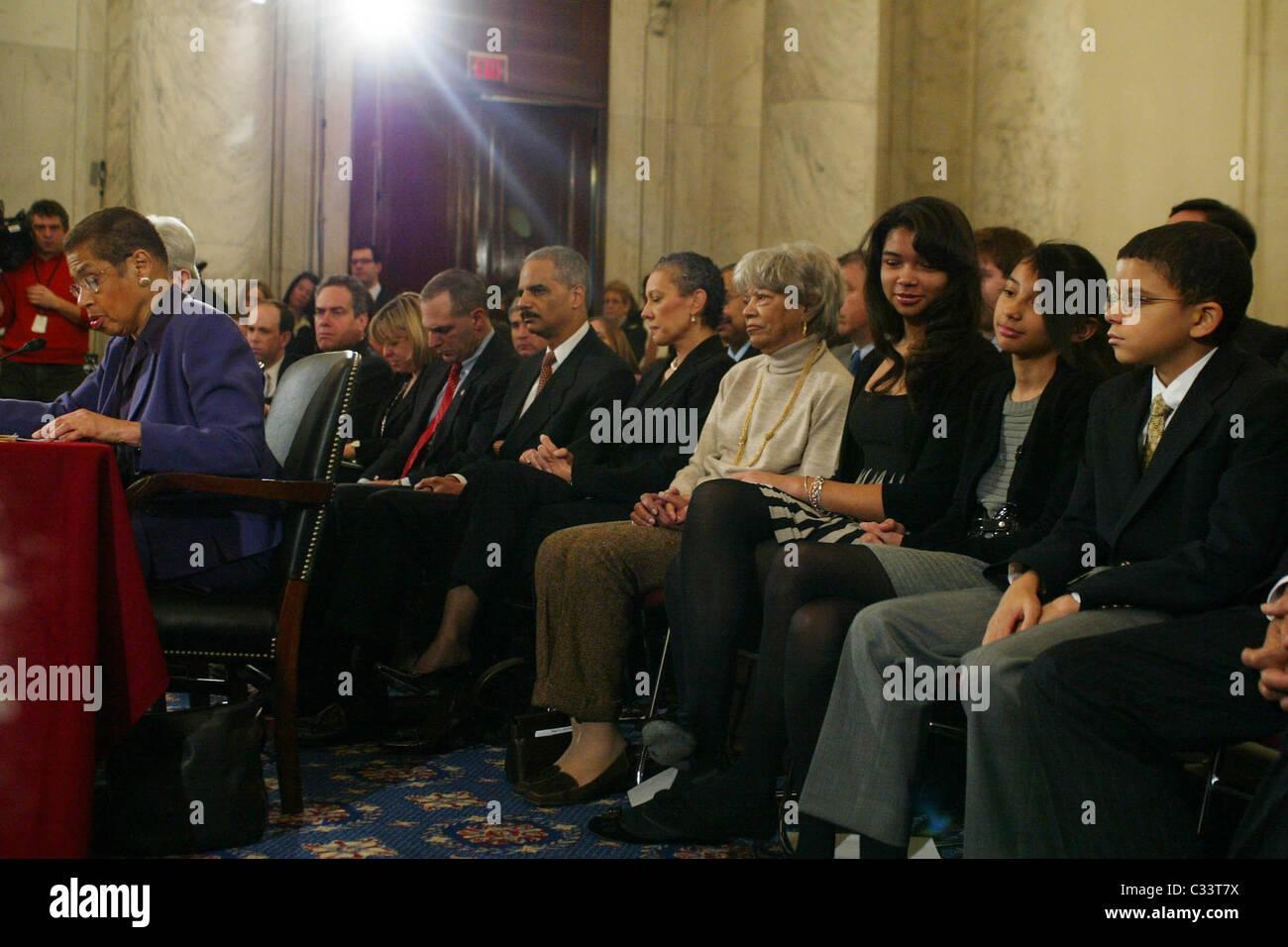 Senator Dianne Feinstein, Eric Holder, and family The Senate Judiciary Committee hearing for Eric Holder, President - Stock Image
