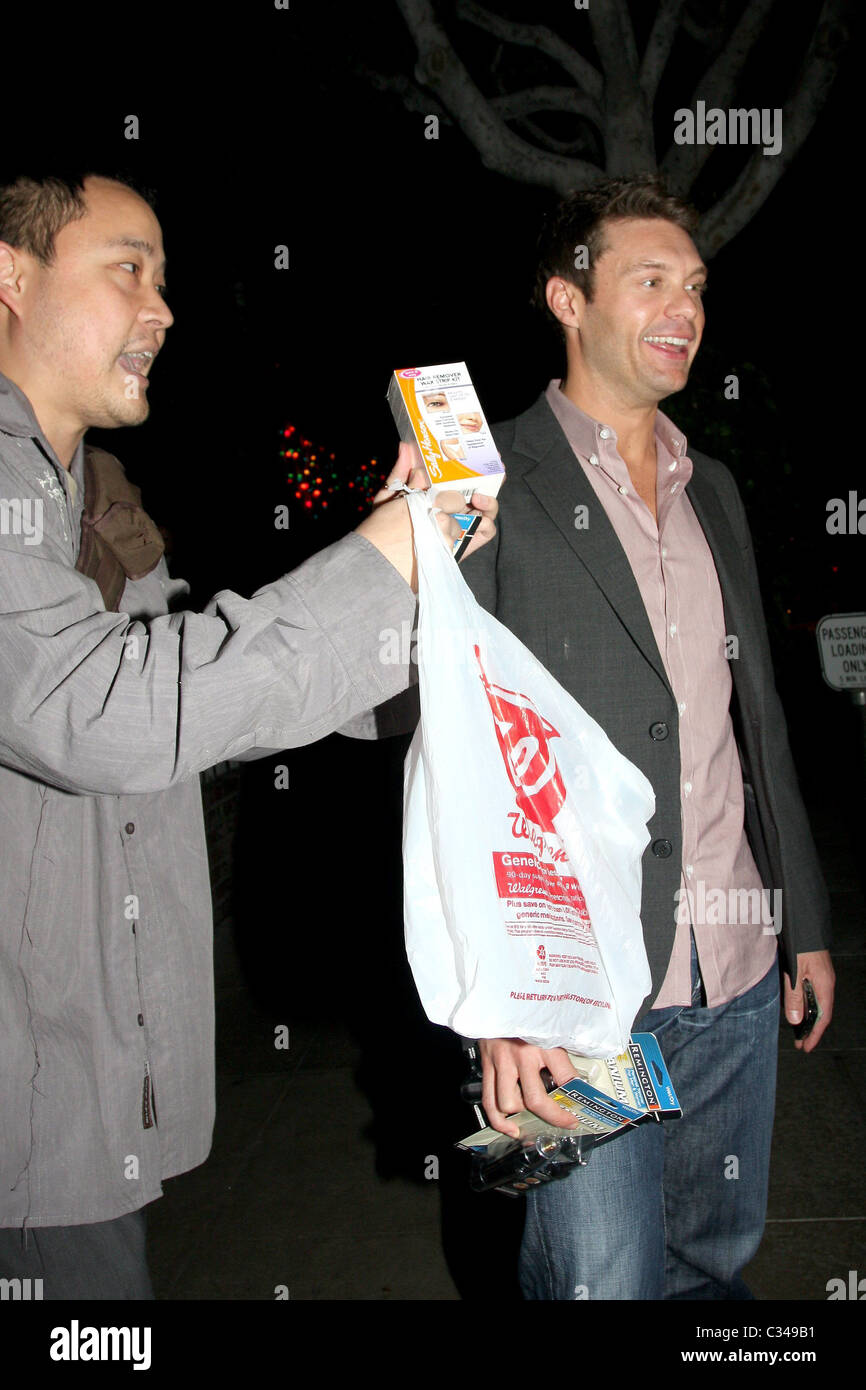 Ryan Seacrest Gets Early Birthday Gifts From A Photographer After Leaving The Ivy With Friends Los Angeles California