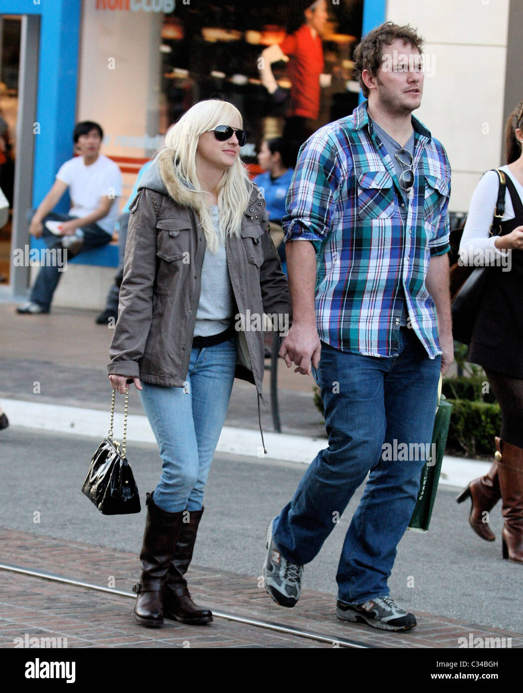 Anna Faris And Ben Ind...