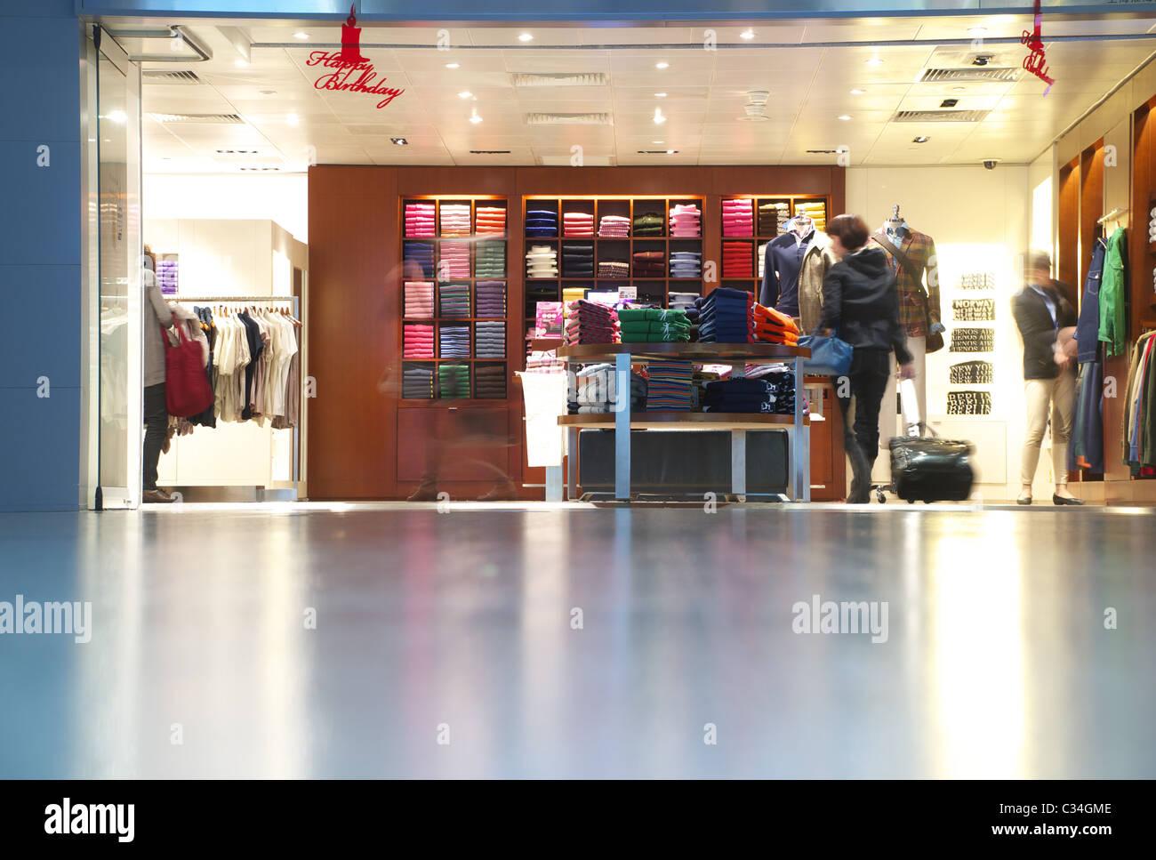 Ralph Lauren Store Shop Stock Photos Amp Ralph Lauren Store Shop Stock Images Alamy