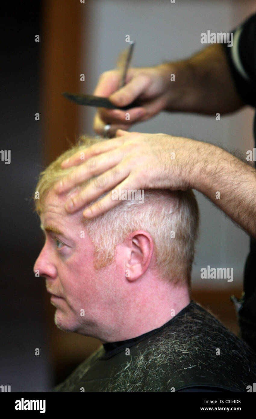 English Presenter Chris Evans Gets A Haircut In A Tintin Style Stock Photo Alamy