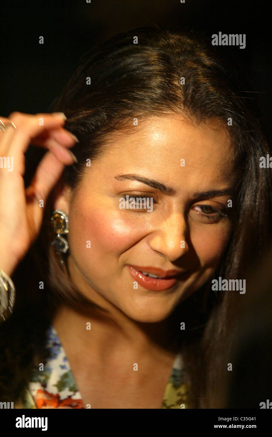 Amrita Arora Nude Photos 68