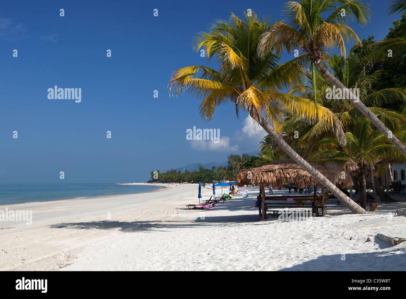 Dream tropical beach at Pantai Cenang on Langkawi, Malaysia 16 - Stock Image