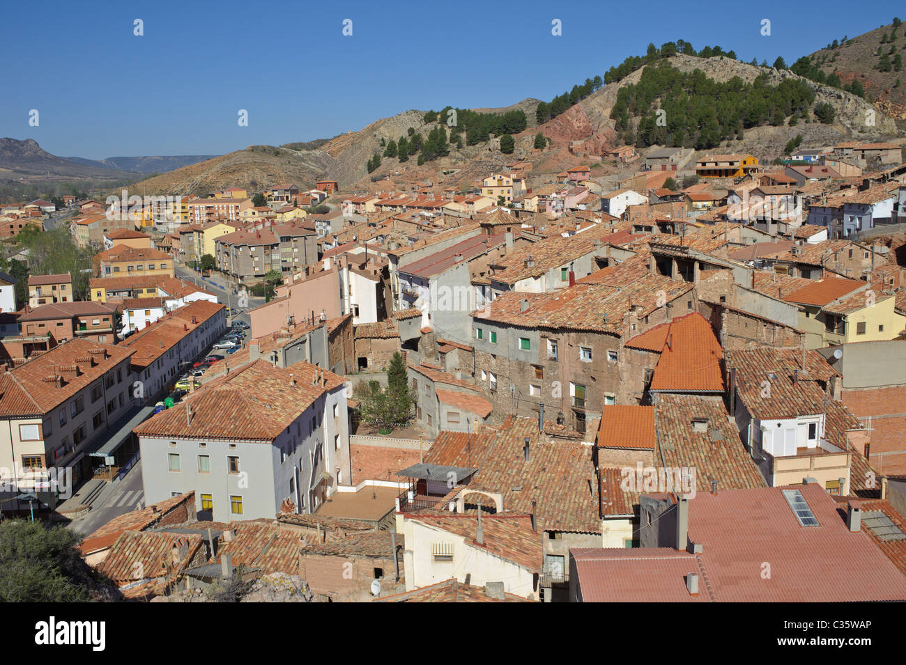 A mining town in Teruel province with red tiled roofs - Stock Image
