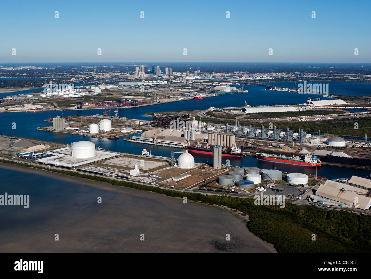 aerial view above Kinder Morgan Bulk Terminals Tampa Florida - Stock Image