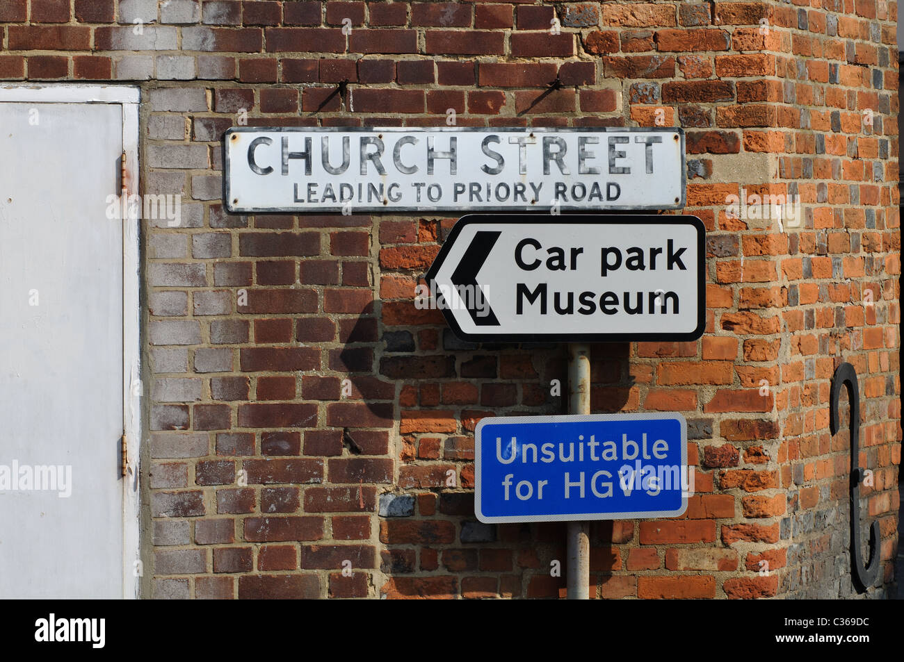 Signs in Wantage town centre, Oxfordshire, England, UK - Stock Image
