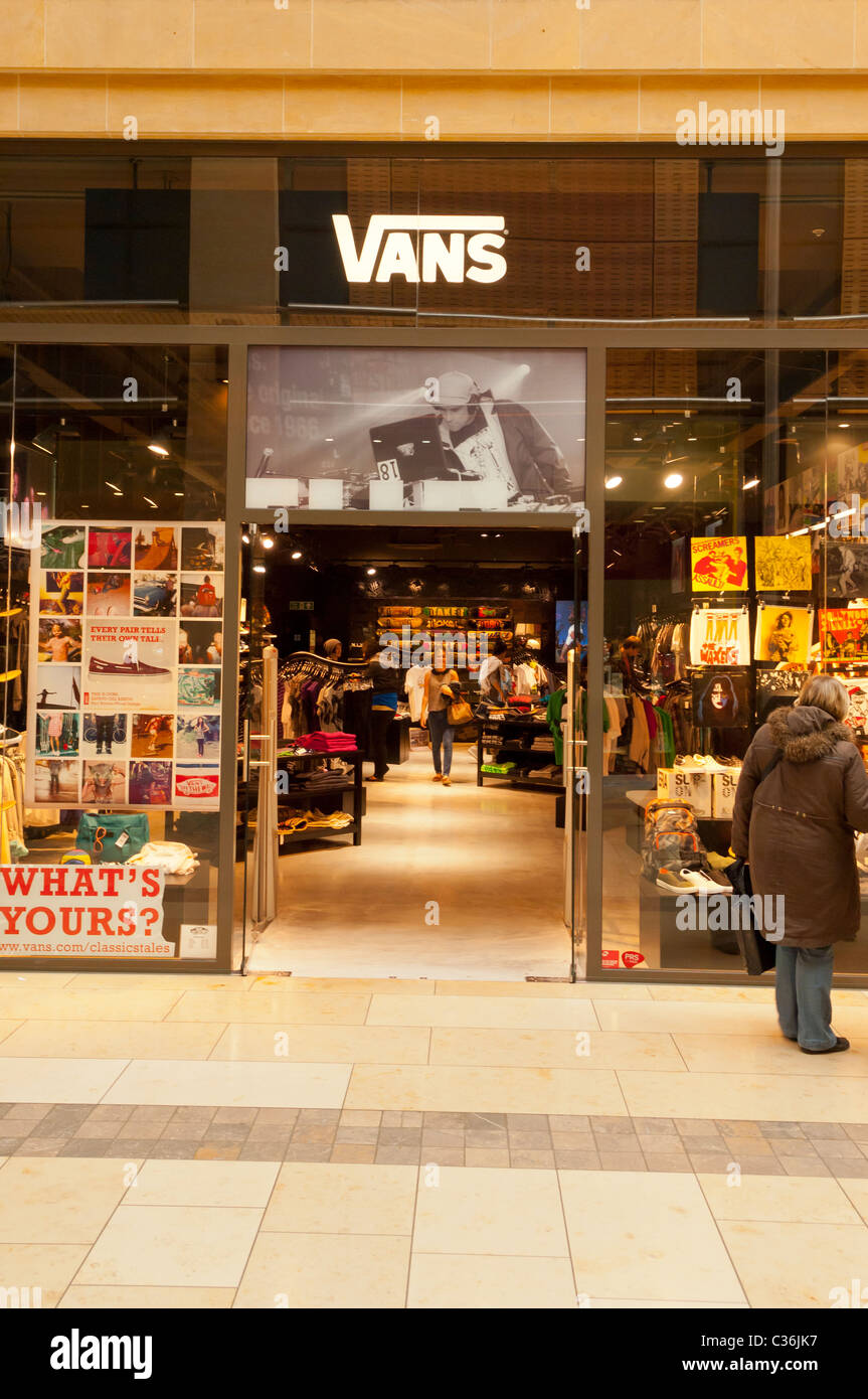 buy \u003e vans westgate mall, Up to 62% OFF
