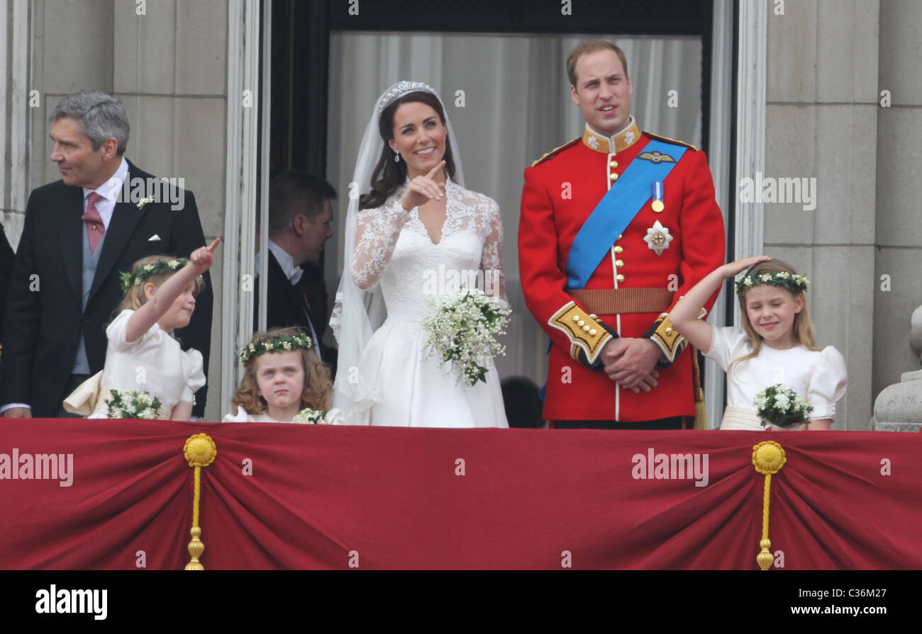 The Wedding of Prince William and Catherine Middleton. 29th April 2011. The Duke and Duchess of Cambridge on the - Stock Image