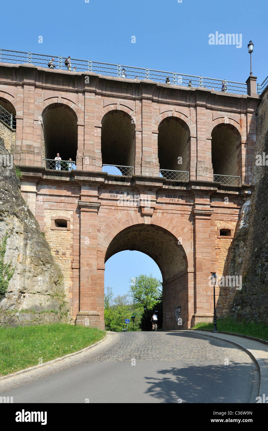 The viaduct Schloss Erbaut Bruecke at Luxembourg, Grand Duchy of Luxembourg - Stock Image