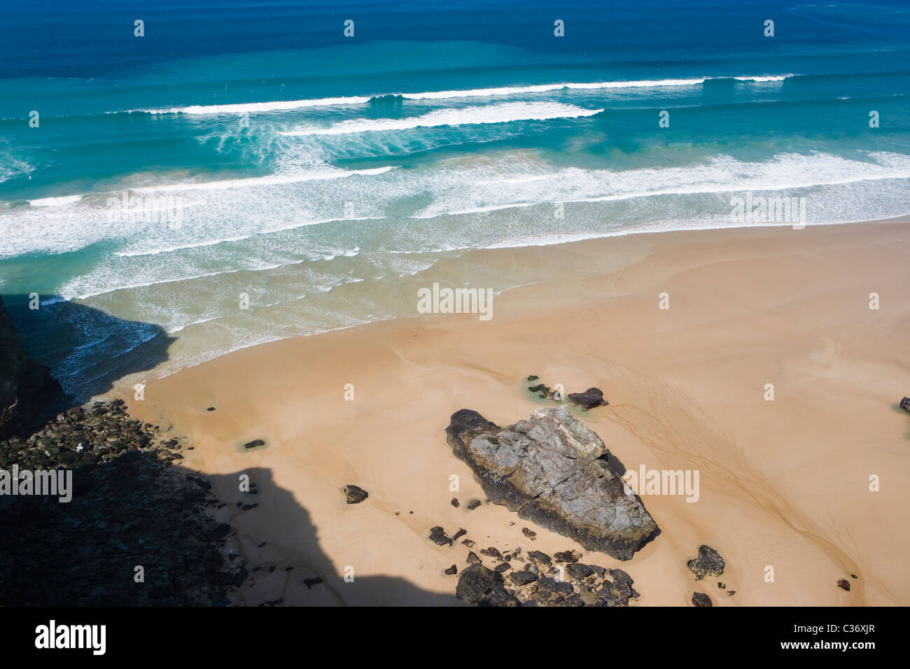 Waves and beach. Bedruthan Steps, Cornwall, UK - Stock Image