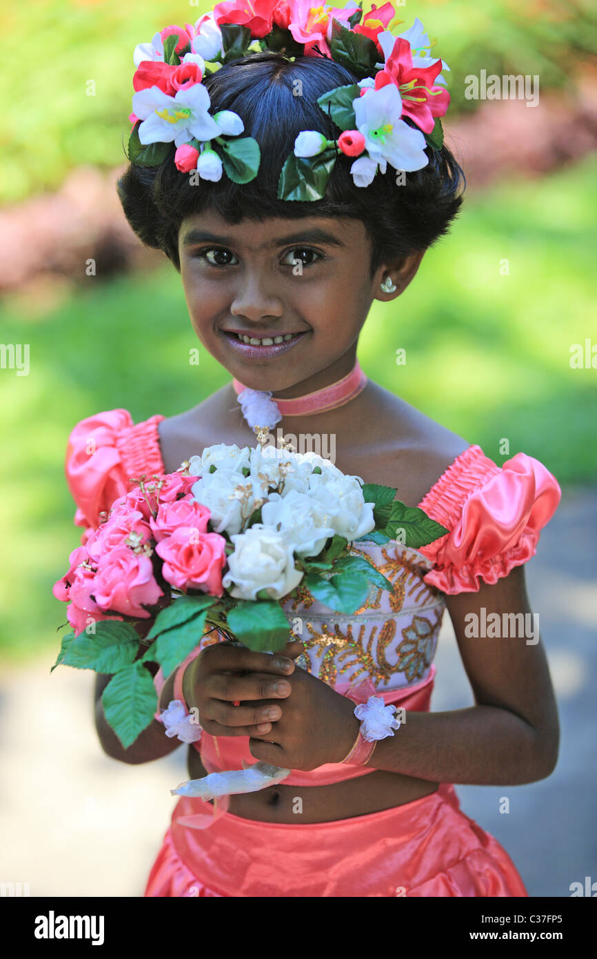 Sri lankan wedding flower girls photos gallery of bride and groom cool sri lankan girl with flowers in traditional wedding dress with sri lankan wedding flower girls photos izmirmasajfo