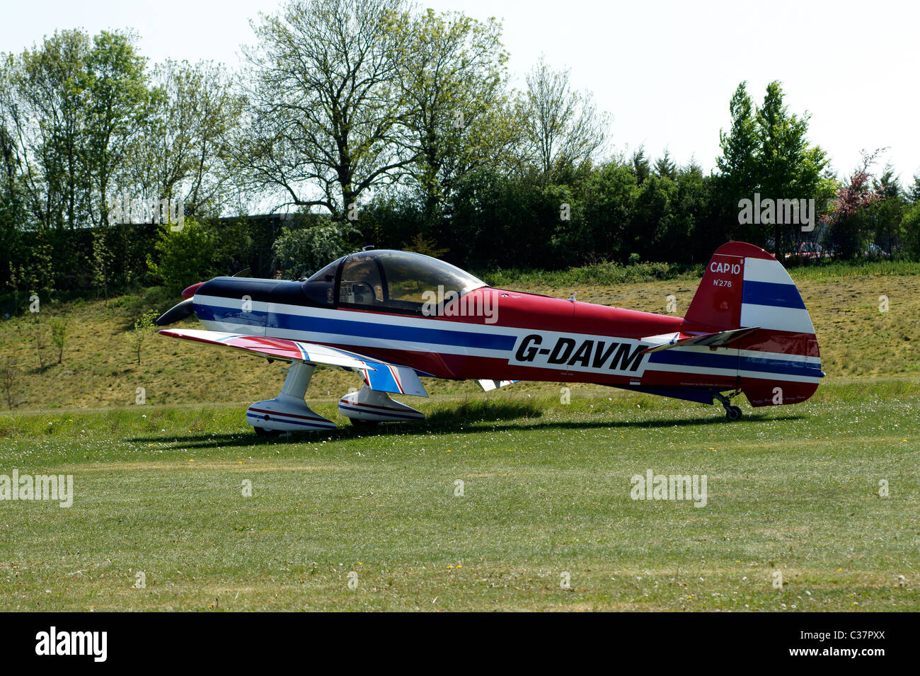 AKROTECH EUROPE CAP 10  UTILITY & AEROBATIC LIGHT AIRCRAFT. LYCOMING AE10-360-B2F PISTON ENGINE - Stock Image