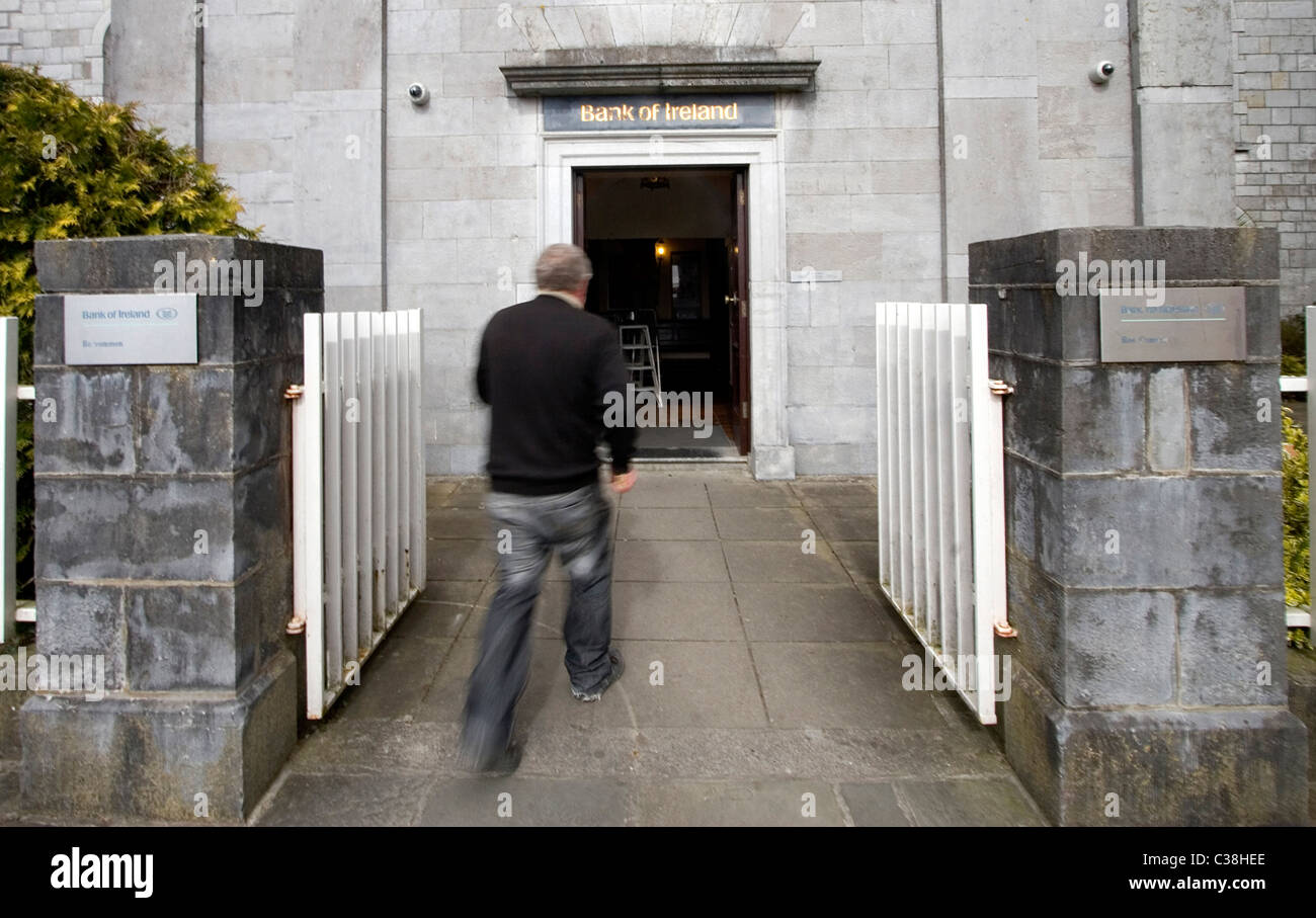 A Bank of Ireland Branch, Roscommon, West of Ireland. - Stock Image
