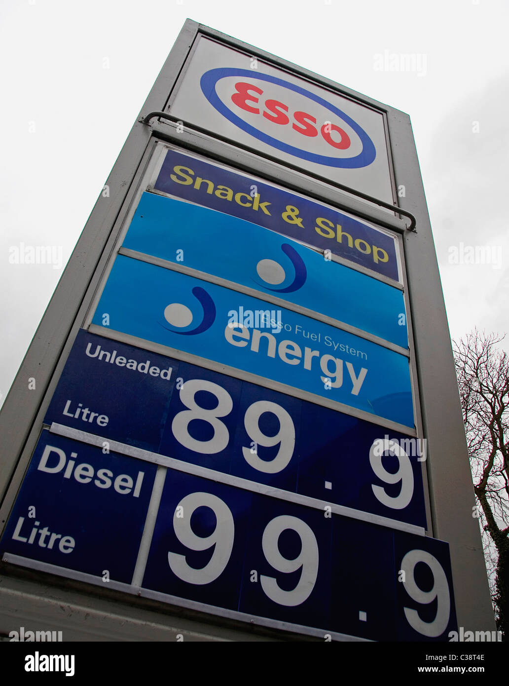 An Esso Service Station, Cambridge. - Stock Image