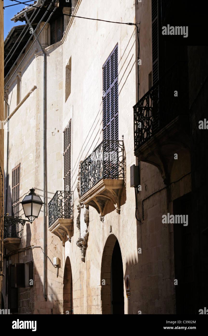 Seitenstraße im La Lonja Stadtviertel, Palma, Mallorca, Spanien. - Side street in the La Lonja district, Palma, Stock Photo