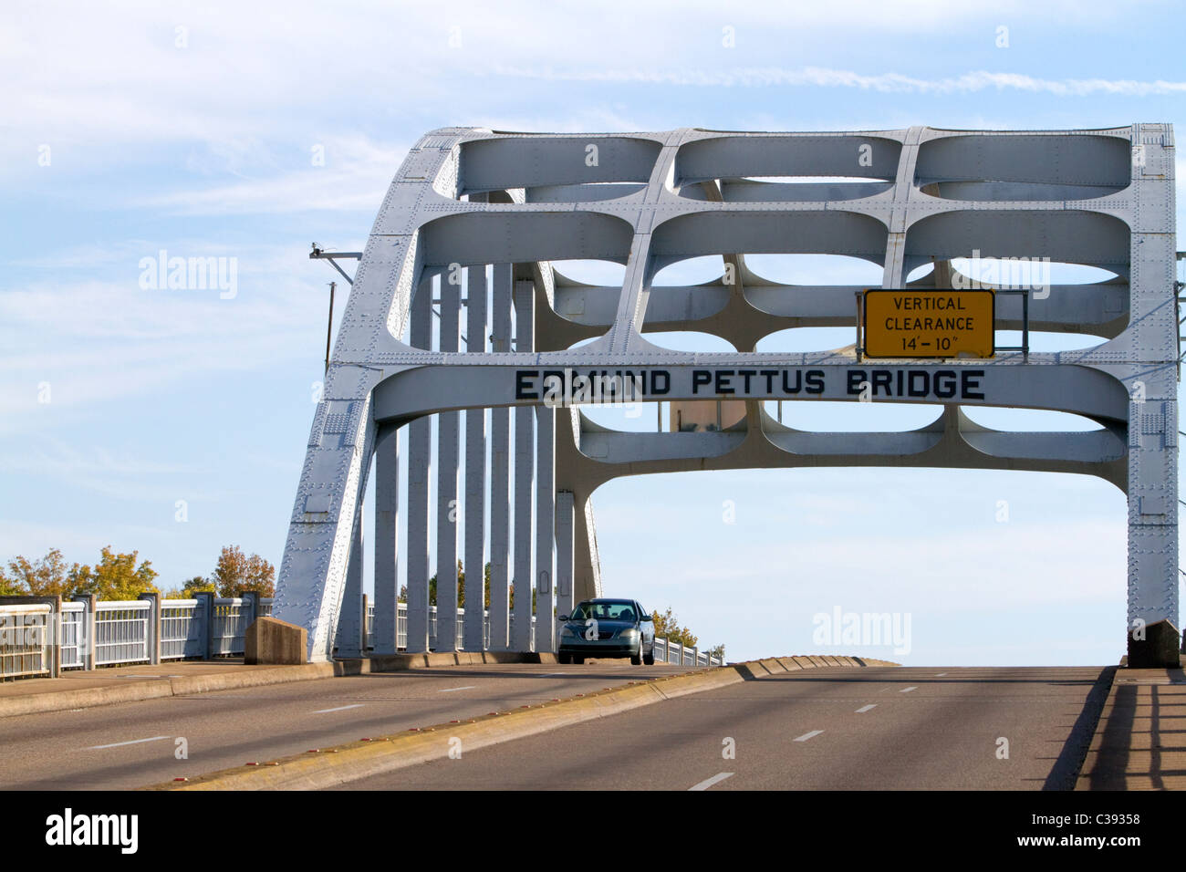 Edmund Pettus Bridge carries U.S. Highway 80 across the Alabama River in Selma, Alabama, USA. - Stock Image