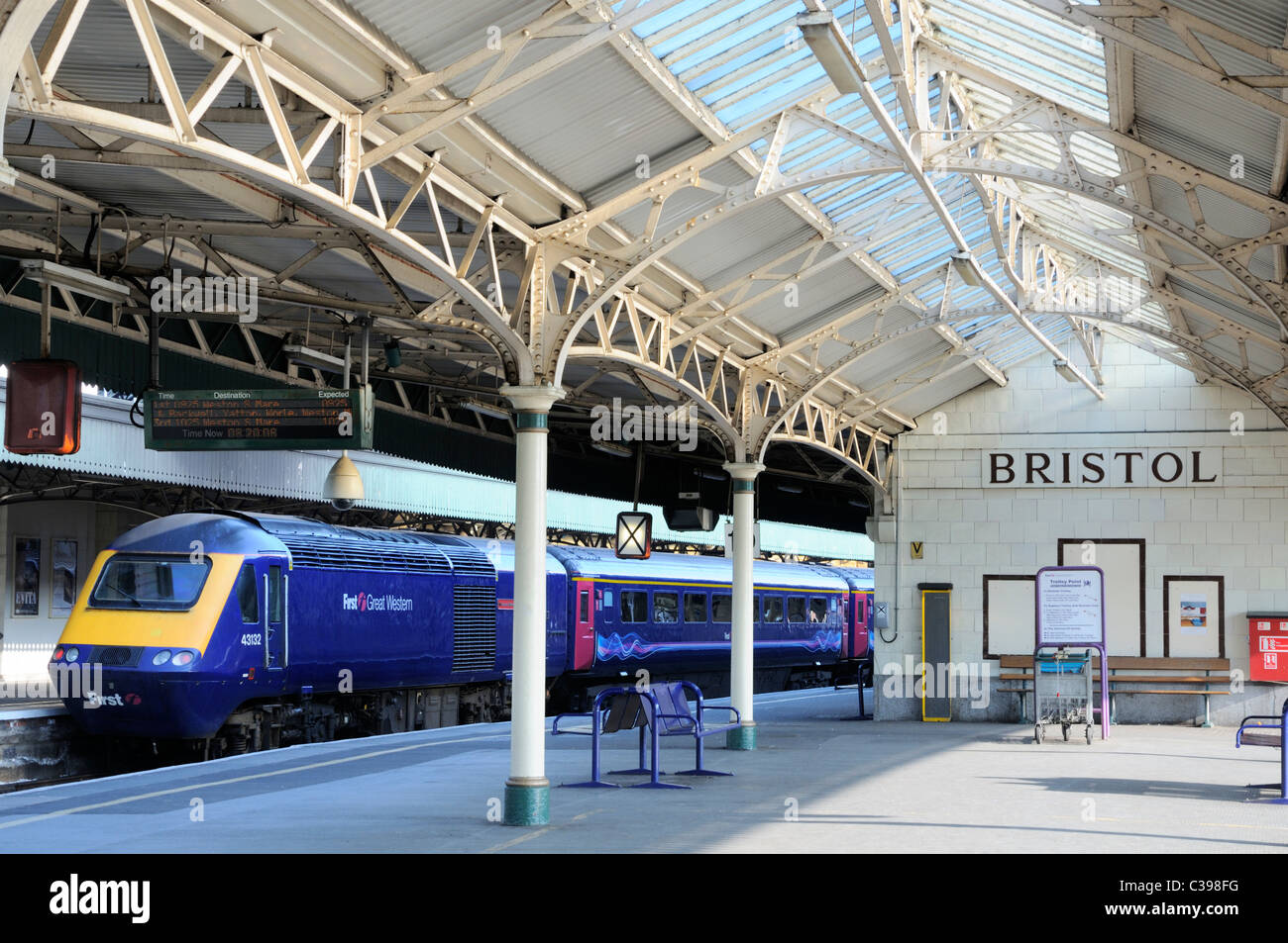 Bristol Temple meads railway station with a First great western HST service waiting at  a platform. Stock Photo