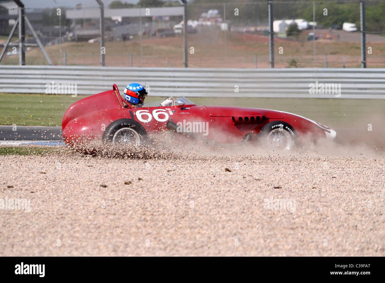 Red Taraschi formula junior no 66 spins off at Donington - Stock Image