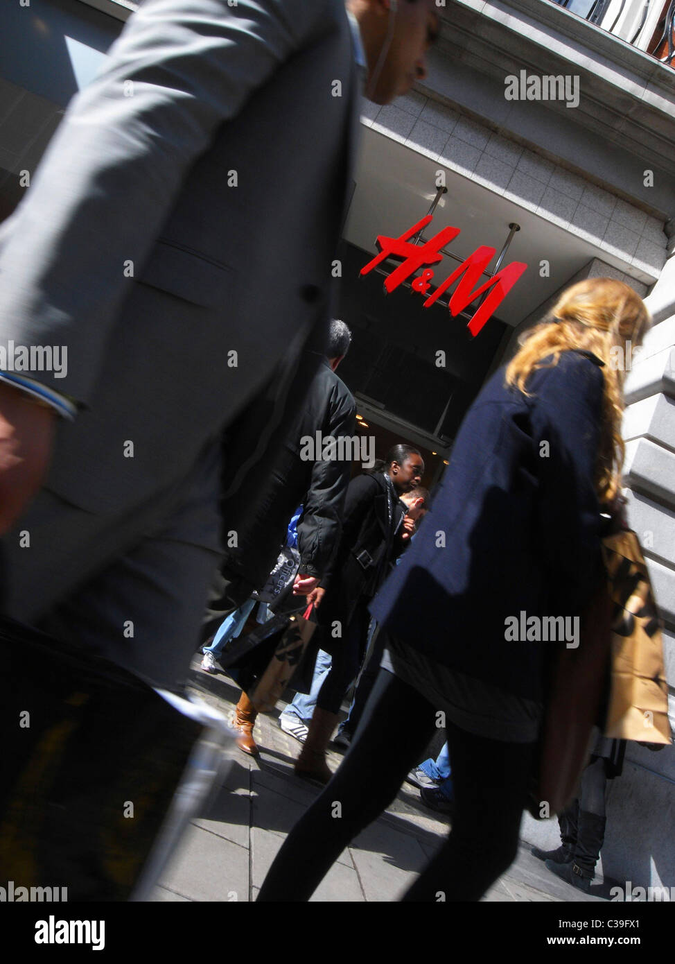 Exterior of a H&M store in London. - Stock Image